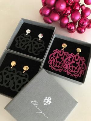 Ohrangerie Ohrringe aus Horn, handmade, black/silver, black/rosegold, pink/rosegold, 109€