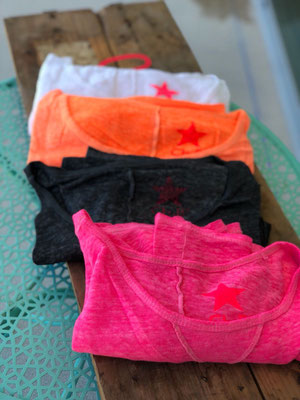 "Leinenshirt ""Loose"", pink ( sold out), darkgrey (sold out), orange, white,  one size, 39,90€"