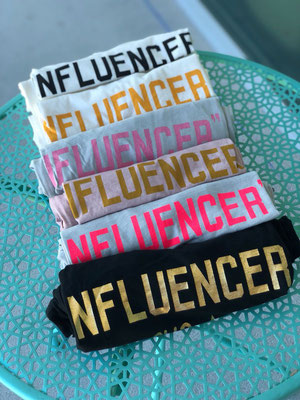 "T Shirt ""Influencer"", 100% Cotton, one size, div Farben 39,90€"