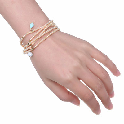 """Armband """"More Glamour"""" beige 25€"""