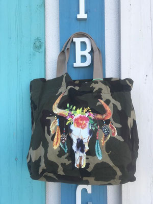 "Canvas Bag ""Buffalo"", khaki, 26,90€"