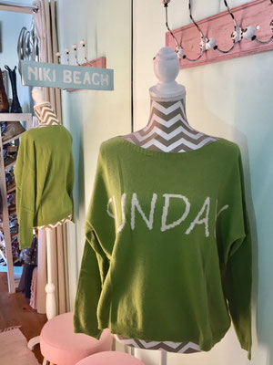 "Pulli ""Sunday Morning"", one size, green, 49,90€"