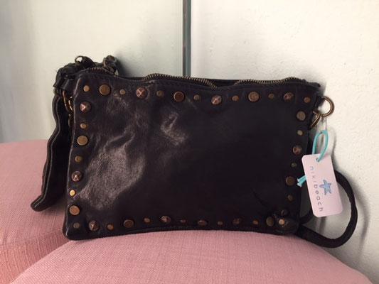 Leder Clutch Size S, black 54,90€