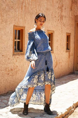 Skirt Camelia, one size, 100% Viskose, light blue, 124€