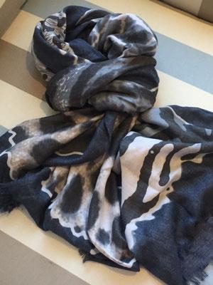 """Schal """"Dschungel"""", 50% Cotton, 50% Viskose, grey   24€"""