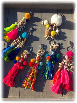 """Bag Hanger """"Seashell&Tassel"""", Pom Pom div Farben 19€"""