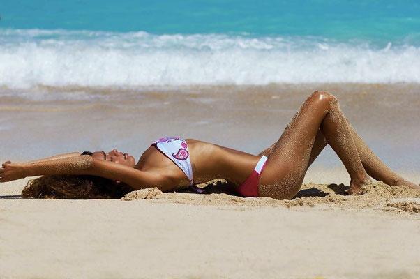 Bali Sensasi Bandeau Bikini offwhite/red Gr M/L 79€