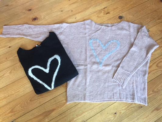 """Pulli """"Heartbreaker"""", one size, soft pink, black  44,90€"""