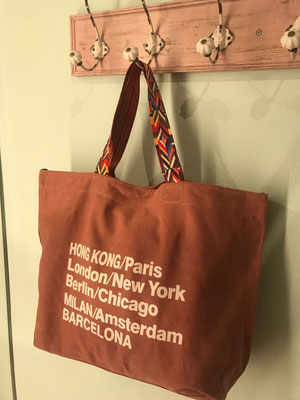 "Canvas Bag ""Worldtraveller"" altrosa, 29€"