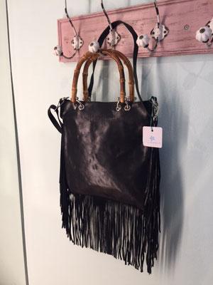"""Leder Tasche """"Squaw"""", Bambushenkel, 69€"""
