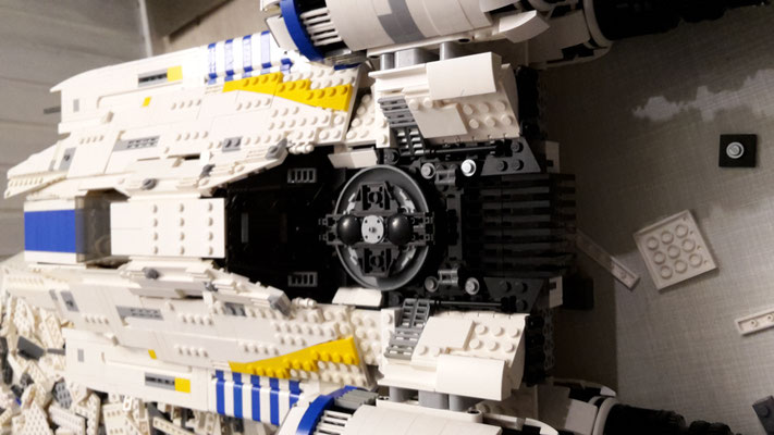 LEGO Star Wars U-Wing im Bau