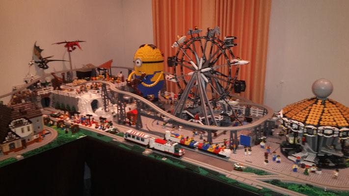 Lego Monorail MoRaSt Traben-Trarbach  Freizeitpark Riesenrad mit Minion