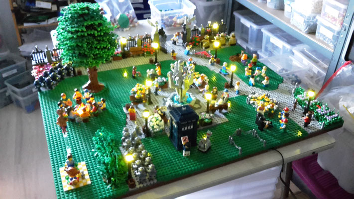 LEGO Doctor Who im Park Light Stax