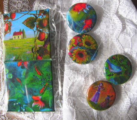 卓上にて缶バッジも展示販売させて頂きました。油彩画の夏・秋バージョン缶バッジを制作しました。