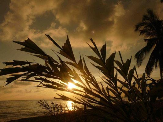 Atardecer en Lonely beach, Tailandia