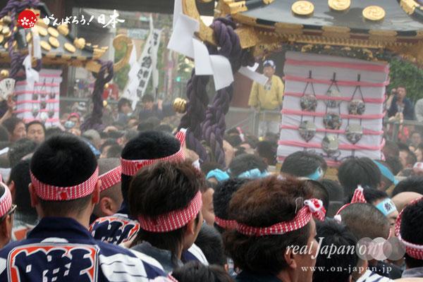 〈三社祭〉本社神輿宮出し @2010.05.16