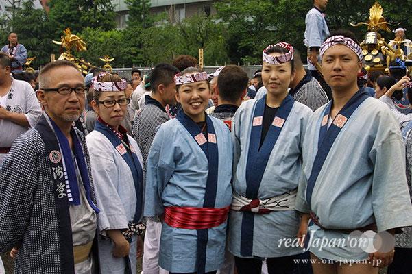 千一南青年部さん:祭りは人と人のつながり。それに尽きる。生まれたときから祭があり、生活の一部。6月の蔵前、矢先もオススメ。