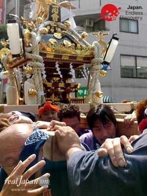 2018 第13回みこしコラボレーションinイセザキ「横濱神輿保存会 一心會」_YH18_019