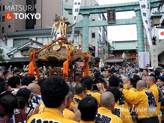 〈神田祭 2017.5.14〉須田町一丁目南部町会 ©real Japan'on -knd17-018