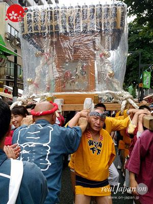 2017年 横浜開港祭 みこしコラボレーション「白漣睦」_YH17_001