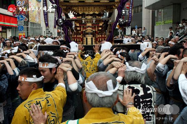 〈下谷祭〉本社大神輿渡御 @2010.05.09
