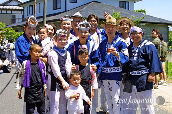 東本町さん。年に1回、無しでは考えられない八重垣の祭り。この日のためにアメリカから帰国する娘と孫。家族3世代で楽しめる祭りは最高ですよね。