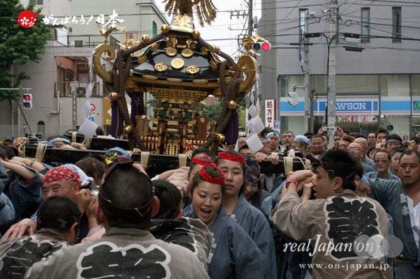 〈三社祭〉浅草象一町会・神輿渡御 @2012.05.20