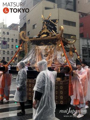 〈神田祭 2017.5.13〉神幸祭・三之宮[平将門命]©real Japan'on -knd17-003