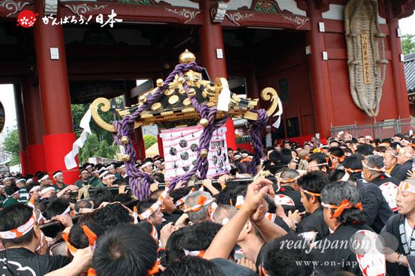 〈三社祭〉三之宮神輿・一般宮出し渡御 @2012.05.20