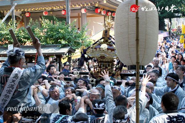 湯島天満宮例大祭〈妻恋会〉宮入参拝渡御 @2012.05.27