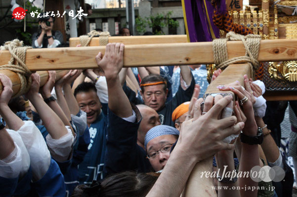 〈鉄砲洲祭〉湊三丁目(神輿台輪寸法: 2尺5寸)@2012.05.04