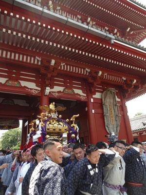 町内神輿連合渡御〈駒形〉@2017.05.20 (snj17-022)