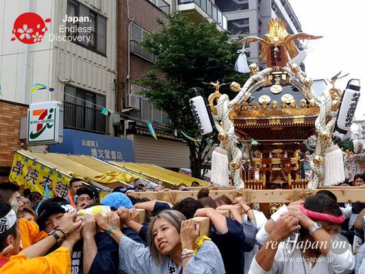 2017年 横浜開港祭 みこしコラボレーション「辰神會」YH17_003