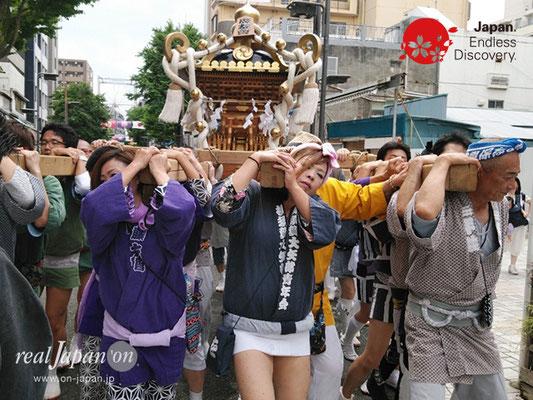 2019 第14回みこしコラボレーションinイセザキ「横濱 廣友會」_YH19_015