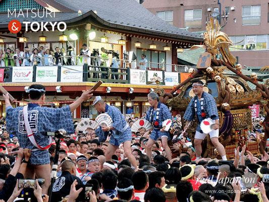 〈神田祭 2017.5.14〉江戸神社奉賛会(旧神田市場) 千貫神輿 ©real Japan'on -knd17-046