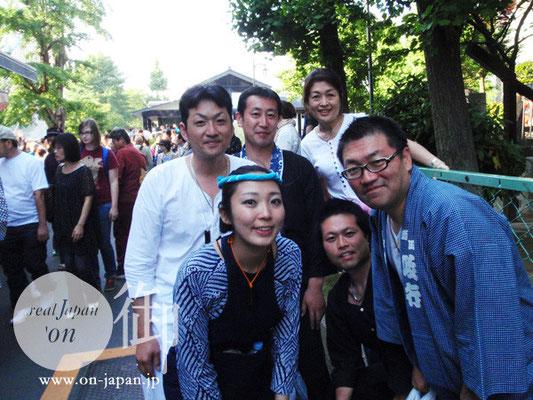 象一町会のみなさん:地元浅草と埼玉は浦和の仲間だそうです。