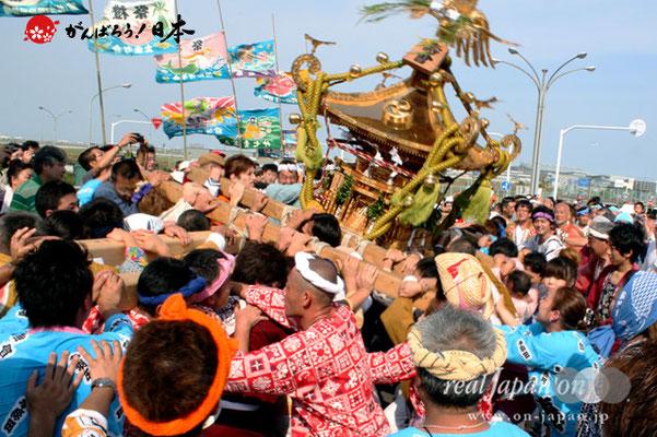〈羽田まつり・各町神輿連合渡御〉壽會