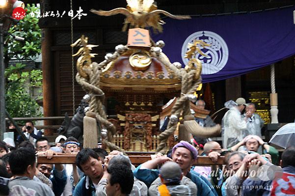 〈鉄砲洲祭〉入船二丁目(神輿台輪寸法: 2尺5寸)@2012.05.04