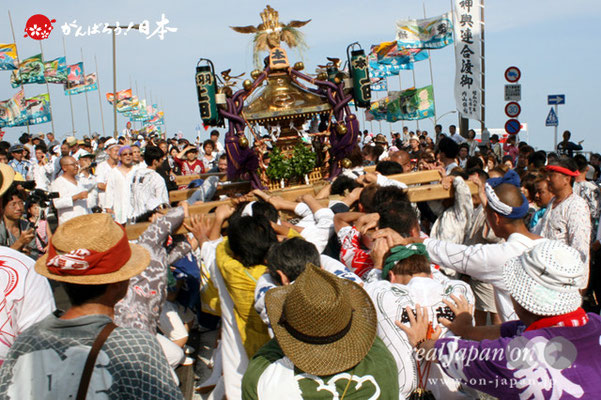 〈羽田まつり・各町神輿連合渡御〉本一 町会