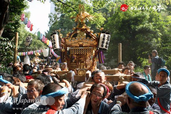 〈王子神社例大祭〉十条仲二丁目・四丁目町会 @2012.08.05