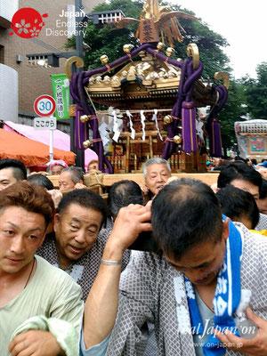 2017年 横浜開港祭 みこしコラボレーション「横浜祭友会」YH17_009