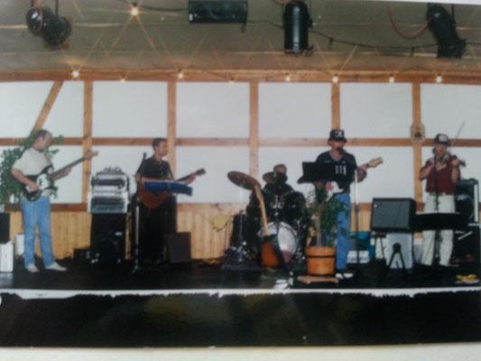 Sommer 2001 Hochzeit eines Bandmitglieds