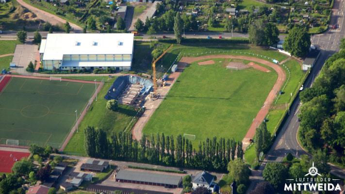 Baustelle der Tribühne am Stadion am Schwanenteich