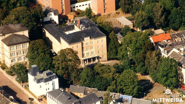 Hauptgebäude der Hochschule