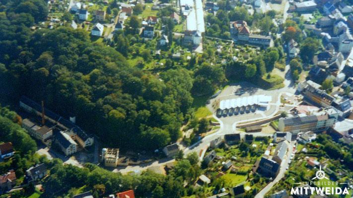 Lederfabrik und Busbahnhof