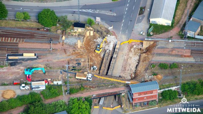 Baustelle der Bahnunterführung Altenburger Straße