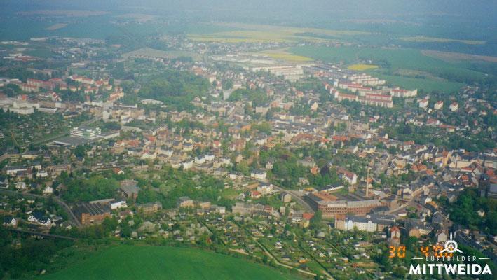 Blick von Süden über die Burgstädter Straße Richtung Schwane