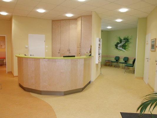 Arztpraxis Kirchberg am Wechsel – Empfang