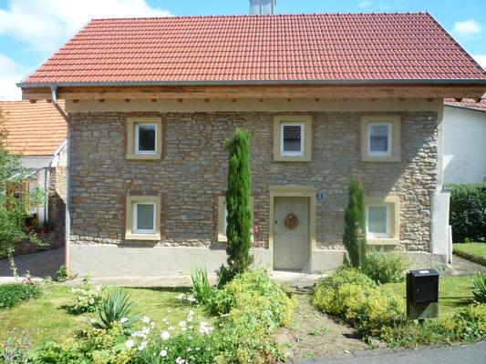 Blick von der Alten Schulstraße auf unser Ferienhaus