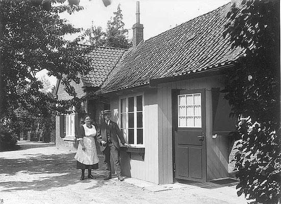 Eppendorfer Landstraße Küster und Totengräberhäuschen
